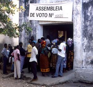 Polling Station, Cabo Delgado 1994