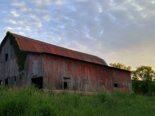 Old Barn Highland WI